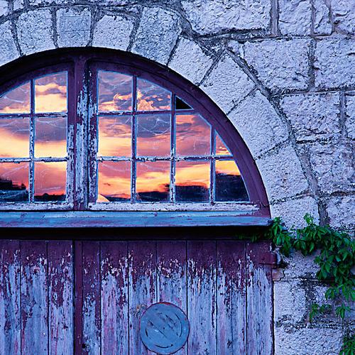 arch purple gold door